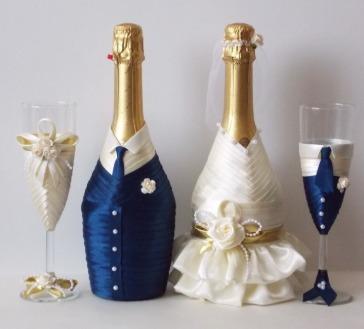 Украшение свадебного шампанского лентами
